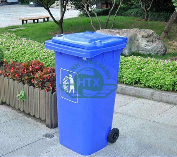 Thùng rác nhựa sử dụng ở đường phố, khu dân cư