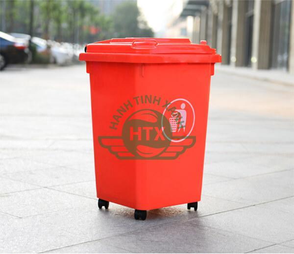 Trang bị thùng rác nhựa giúp môi trường xanh - sạch - đẹp hơn