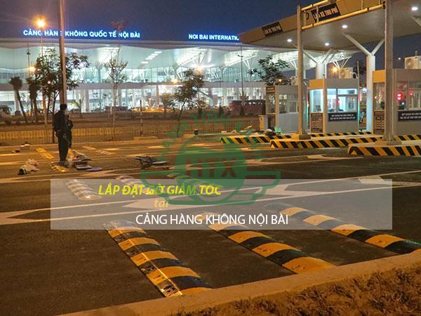 Gờ giảm tốc lắp đặt tại Nội Bài để tăng cường độ an toàn, đảm bảo an ninh