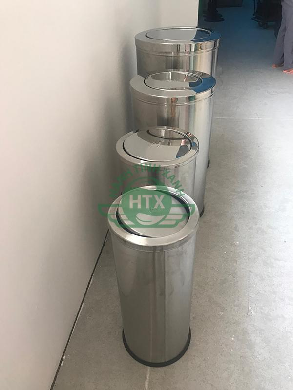 Các loại thùng rác inox cao cấp được giao cho khách sạn Mường Thanh Hoàng Mai