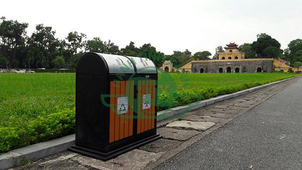 thùng rác ngoài trời Paloca thiết kế kín đáo đảm bảo vệ sinh