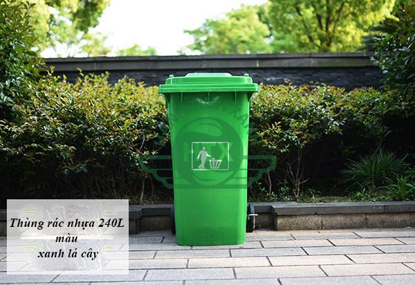 Hình ảnh thực tế sử dụng thùng rác composite 240L màu xanh lá cây