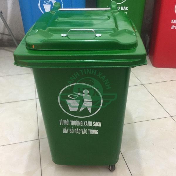 Nắp thùng kín giúp đảm bảo vệ sinh
