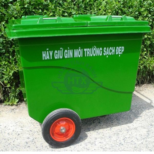 Hình ảnh thực tế thùng rác composite 660L với 3 bánh xe đúc cao cấp