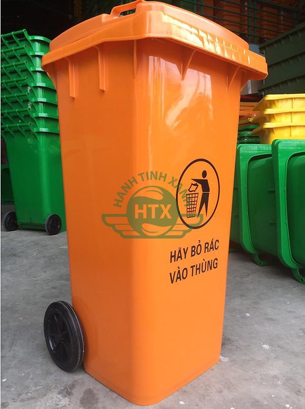 Hình ảnh thực tế thùng rác nhựa 240L màu cam