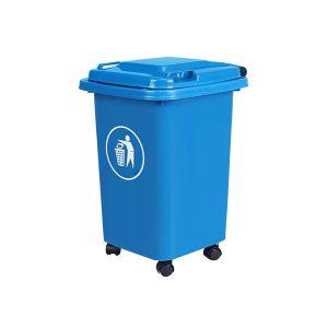 Thùng rác có 4 bánh xe chịu lực tốt, hoạt động linh hoạt