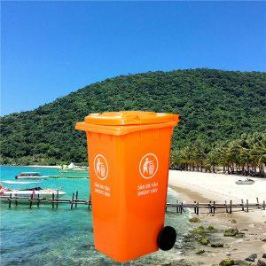 Thùng rác nhựa màu cam 120l